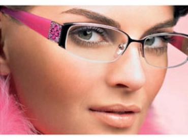Как подобрать макияж для тех кто