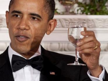 Тост Обамы за королеву звучал под аккомпанемент британского гимна